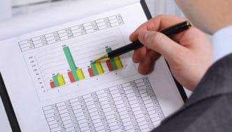 Situación y estadísticas del email marketing en el sector de la consultoría profesional. Datos extraídos de Benchmark
