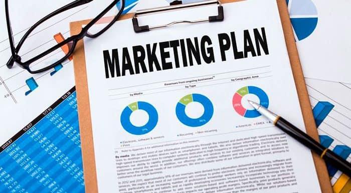 Cómo redactar un plan de marketing para vender consultoría