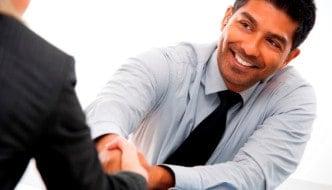 6 Técnicas fundamentales para agradar a tus clientes sin parecer que quieres venderles a toda costa